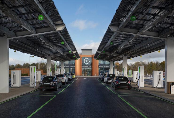محطة شحن Gridserve - محطة شحن كاملة للسيّارات