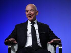 جيف بيزوس الرئيس التنفيذي لشركة أمازون