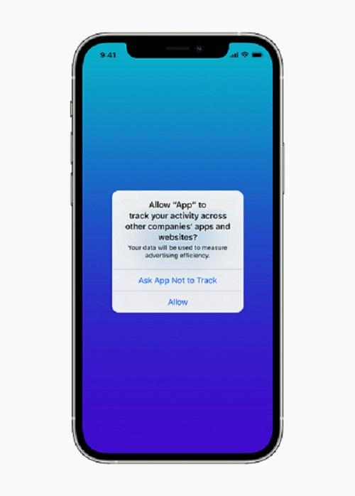 تحديث iOS 14.5 منع تتبع التطبيقات لبيانات المستخدمين - آبل