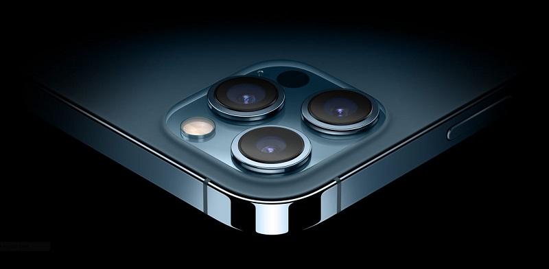 الكاميرا الأمامية لهاتف آيفون 12 برو ماكس - مميزات هواتف الآيفون