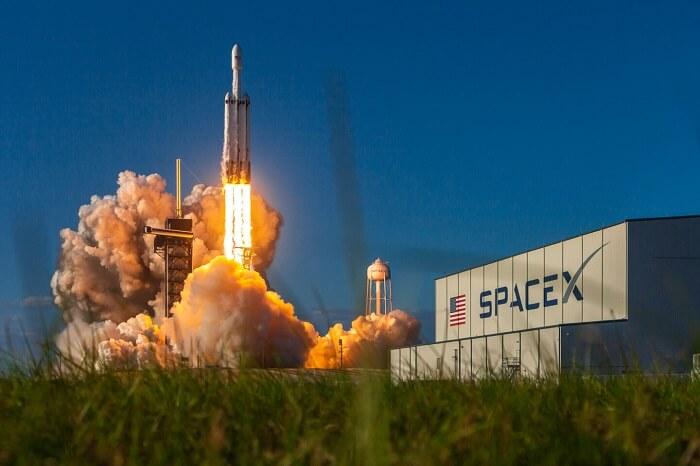 سبيس إكس - مهمة يوروبا كليبر