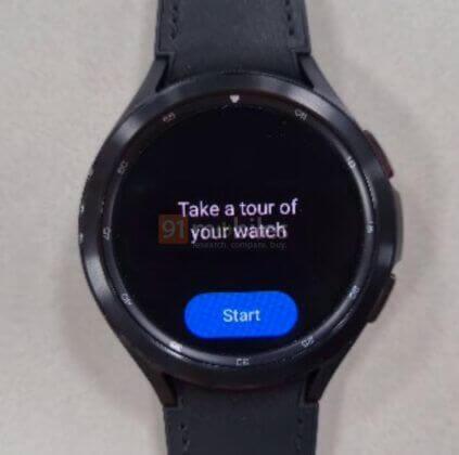 نظام تشغيل الساعات الموحد - ساعة Galaxy Watch 4 باللون الأسود
